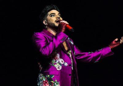 Adam Lambert mascherato canta Somebody To Love in TV (VIDEO)