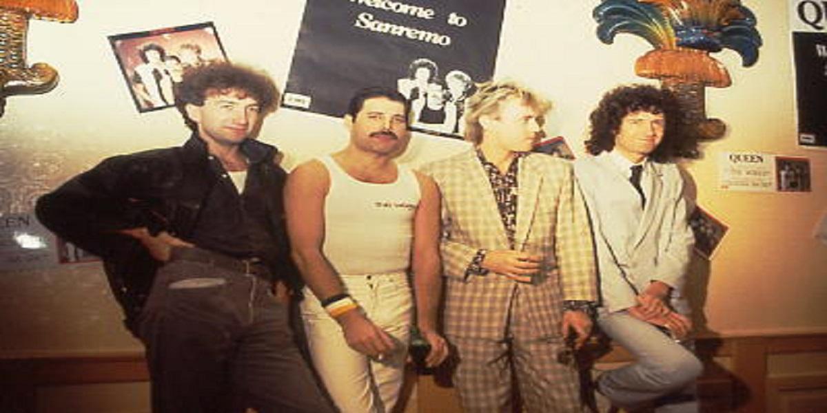 Queen, l'ultima volta che la band ha visto il bassista dei Queen John ...