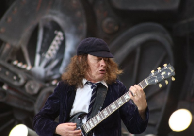 mosse rock star palco AC/DC