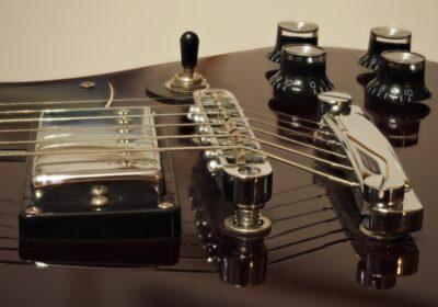 canzoni chitarrista conoscere